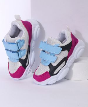 Cute Walk by Babyhug Sports Shoes - Blue Pink