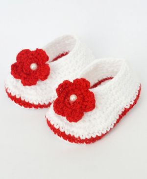 Love Crochet Art Flower Detailed Crochet Booties - White & Red