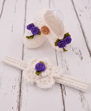 Love Crochet Art Flower Detailed Booties With Headband - White