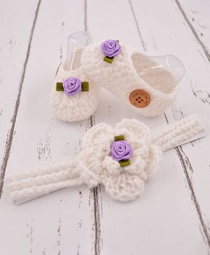 Love Crochet Art Flower Detailed Booties & Headband Combo - White