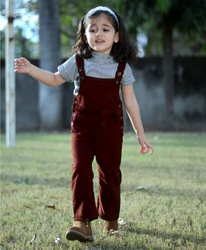 Piccolo Striped Half Sleeves Tee With Dungaree - Maroon