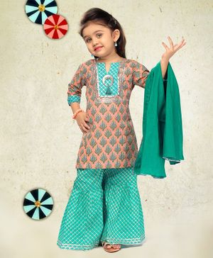 LIL PITAARA Three Fourth Sleeves Printed Kurta With Sharara & Dupatta - Multi Colour