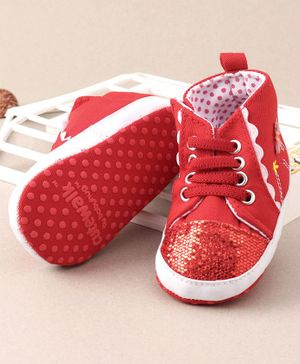 Cute Walk By Babyhug Booties Butterfly Applique - Red