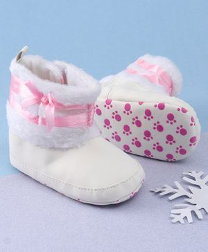 KIDLINGSS Ankle Length Bow & Lace Booties - White