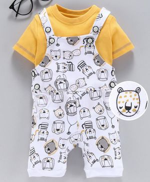 Babyhug Dungaree With Inner Tee Lion Face Print - Yellow White
