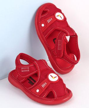 Cute Walk by Babyhug Sandals Clock Patch - Red