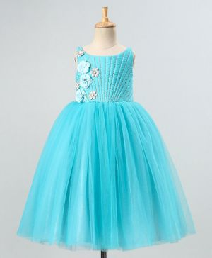 PinkCow Short Sleeves Mermaid Neck Detailed Flared Glitter Finish Gown - Light Blue