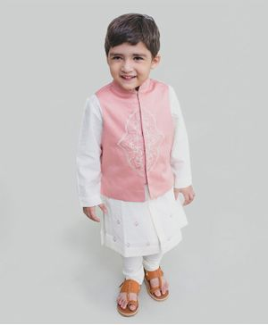 Tiber Taber Full Sleeves Bundi Kurta With Embroidery Detailing Jacket & Pajama - Light Pink & White