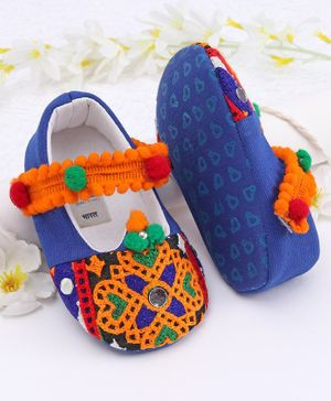 Ivee Anit Skid Pom Pom Lace Detailed Ethnic Booties - Blue