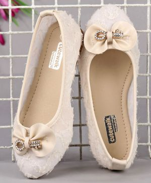 Cute Walk by Babyhug Party Wear Belly Shoes Bow Applique - Cream