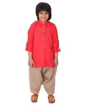Little Pockets Store Solid Full Sleeves Kurta With Checked Pyjama - Red