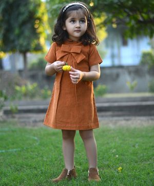 Piccolo Short Sleeves Solid Bow Dress - Brown