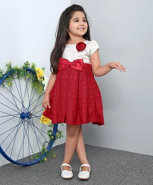 Mark & Mia Short Sleeves Frock With Flower Applique - White Red