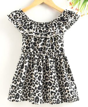 M'andy Leopard Print Off Shoulder Half Sleeves Fit & Flare Dress - Off White & Black