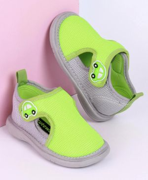Cute Walk by Babyhug Sandals with Velcro Closure Car Patch - Green Grey