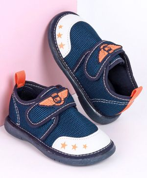 Cute Walk by Babyhug Casual Shoes Star Print - Navy Blue