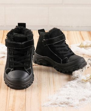 KIDLINGSS Lace Up Velcro Closure Faux Fur Lined Shoes - Black