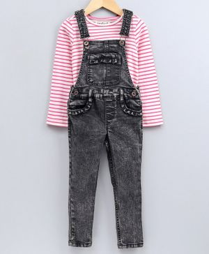 Nauti Nati Striped Full Sleeves T-Shirt With Dungaree - Black & Pink