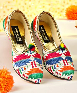 Cute Walk by Babyhug Embroidered Mojaris - Multicolor
