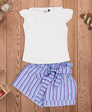 oui oui Ruffled Styled Neckline Cap Sleeves Top With Striped Shorts - White & Blue
