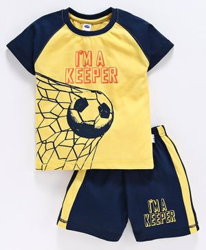 Teddy Half Sleeves T-Shirt And Shorts Soccer Print - Yellow