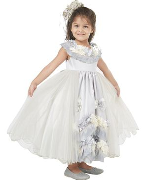 Tic Tac Toe Sleeveless Ruffle Floral Decor Gown - Silver