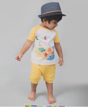 Nap Chief Organic Cotton Beach Theme Half Sleeves Tee With Shorts - Yellow