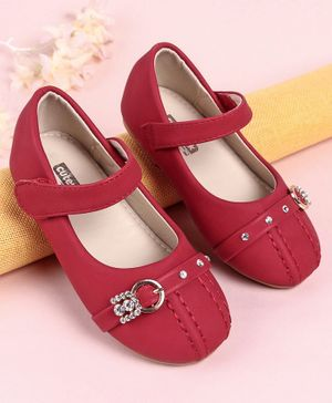 Cute Walk by Babyhug Bellies Studded Buckle Design - Red