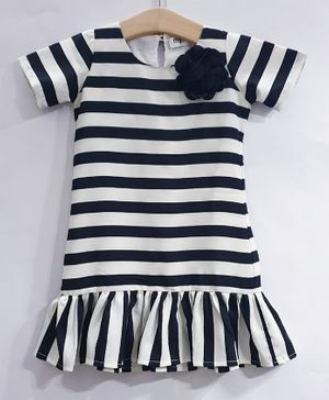 My Pink Closet Half Sleeves Striped Dress - Black