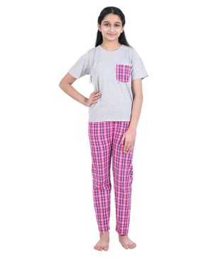 Funkrafts Half Sleeves Checked Night Suit - Grey Pink