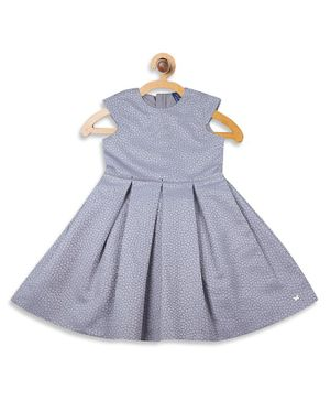 Blue Giraffe Cap Sleeves Self Design Box Pleated Dress - Light Blue