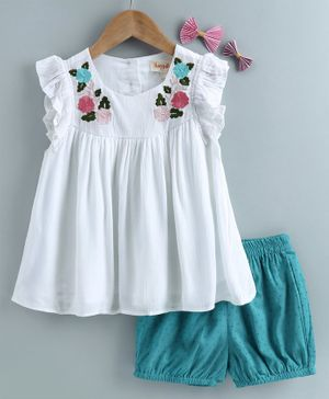 Hugsntugs Short Sleeves Floral Embroidery On Front Yoke Top With Shorts  - White & Blue