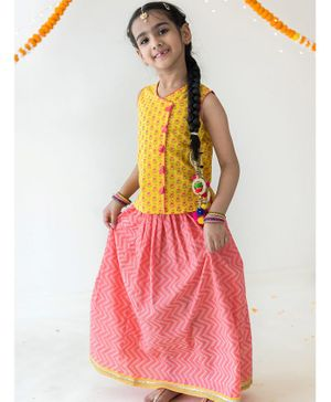 Campana Sleeveless Flowers Printed Top With Skirt Set - Yellow & Pink
