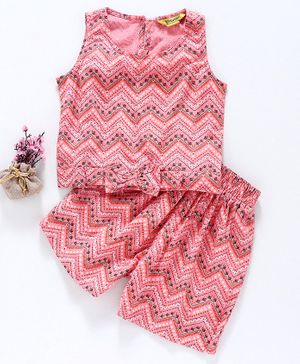 Global Desi Girl Sleeveless Chevron Printed Top With Shorts Set - Peach