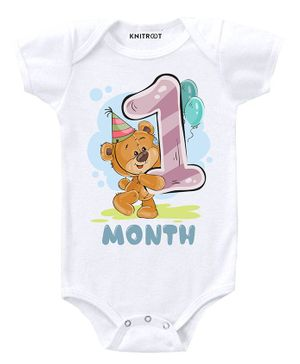 KNITROOT Short Sleeves Teddy 1 Month Printed Onesie  - White
