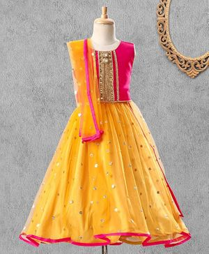 Saka Designs Sleeveless Choli & Lehenga With Net Dupatta Zari Detailing - Orange Pink