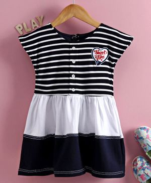 Enfance Cap Sleeves Striped Flared Dress - Blue