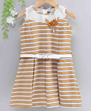 Enfance Sleeveless Striped & Flower Applique Pleated Dress - Gold