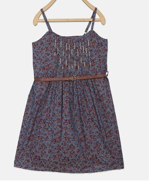 Blue Giraffe Sleeveless Flowers Printed Dress With Belt- Multicolor