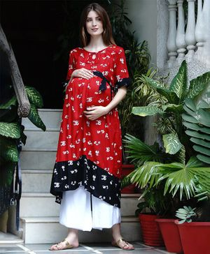 Mine4Nine Flower Print Fit & Flare Three Fourth Sleeves Maternity Kurta - Red