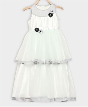 Rianna Sleeveless Flower Applique Net Layered Gown - Off White