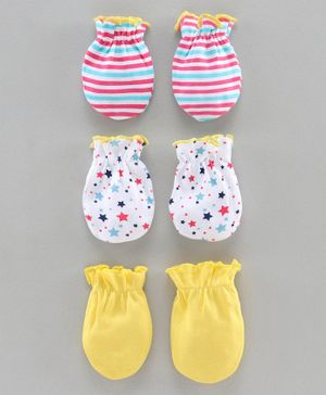 Babyhug 100% Cotton Set Of Mittens StarPrint - Yellow