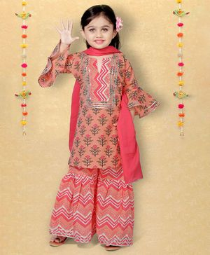 LIL PITAARA Full Sleeves Flower Print Kurta With Sharara & Dupatta Set - Peach