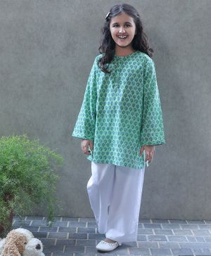 Bellazaara Full Sleeves Flower Motif Print Kurta With Pajama - Green