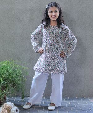 Bellazaara Full Sleeves Chevron Pattern Kurti With Pajama - Multi Color