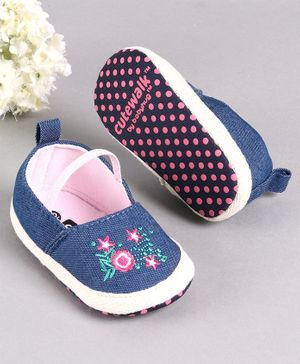 Cute Walk by Babyhug Canvas Embroidered Booties - Blue