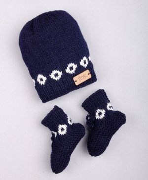 The Original Knit Patterned Cap With Socks - Navy Blue
