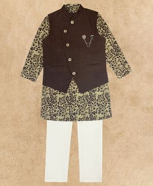 Charchit Full Sleeves Leaves Printed Kurta With Jacket & Pajama - Brown