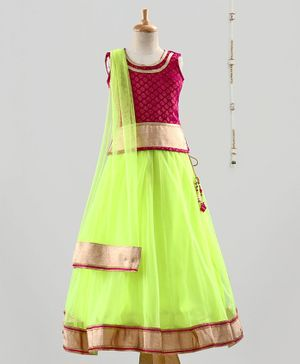 The Little Fashionistas Sleeveless Brocade Choli With Flared Lehenga & Dupatta - Pink Green