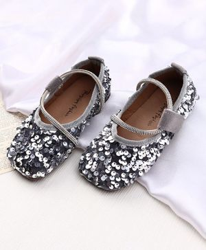 KIDLINGSS Sequin Embellished Velcro Closure Bellies - Silver